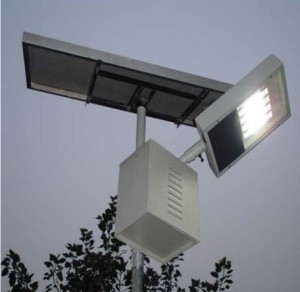Intelligent-Solar-Street-Light-010111-1-300x292